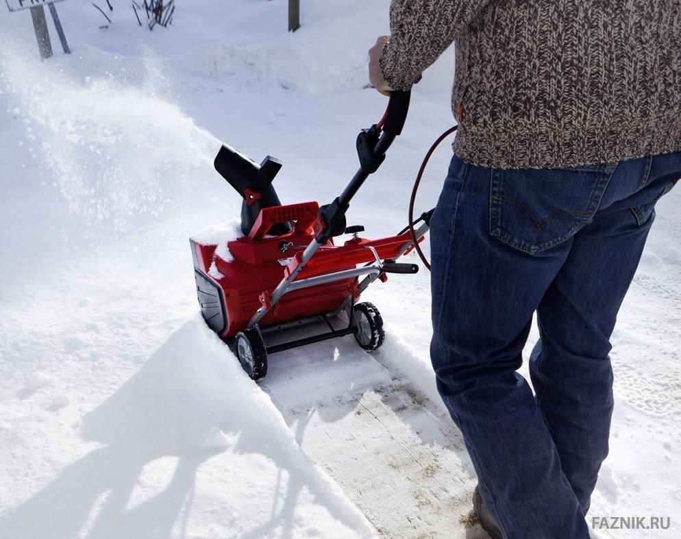 Как правильно выбрать надежный снегоуборщик для дома, какой снегоочиститель лучше по цене и качеству