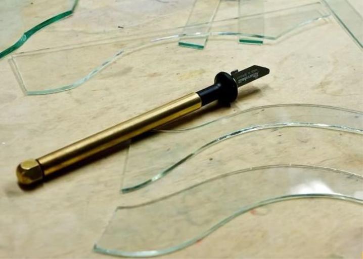 Масляный стеклорез как пользоваться, масло для резки стекла