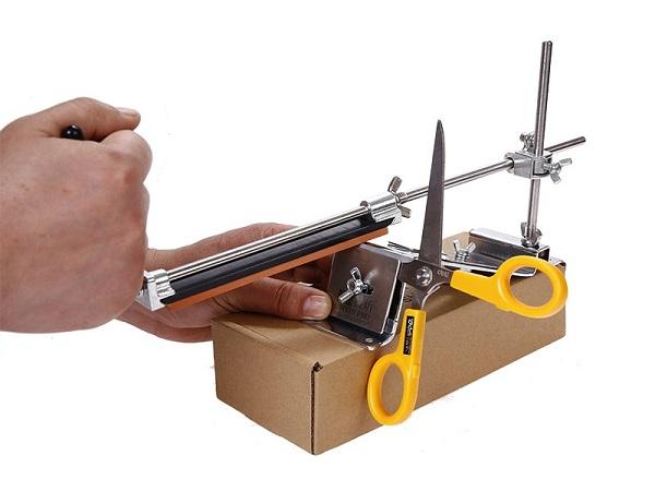 Станок для заточки ножей: идеальное затачивание бытовым заточным устройством
