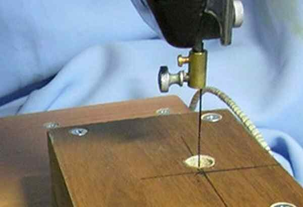 Как сделать лобзиковый станок своими руками