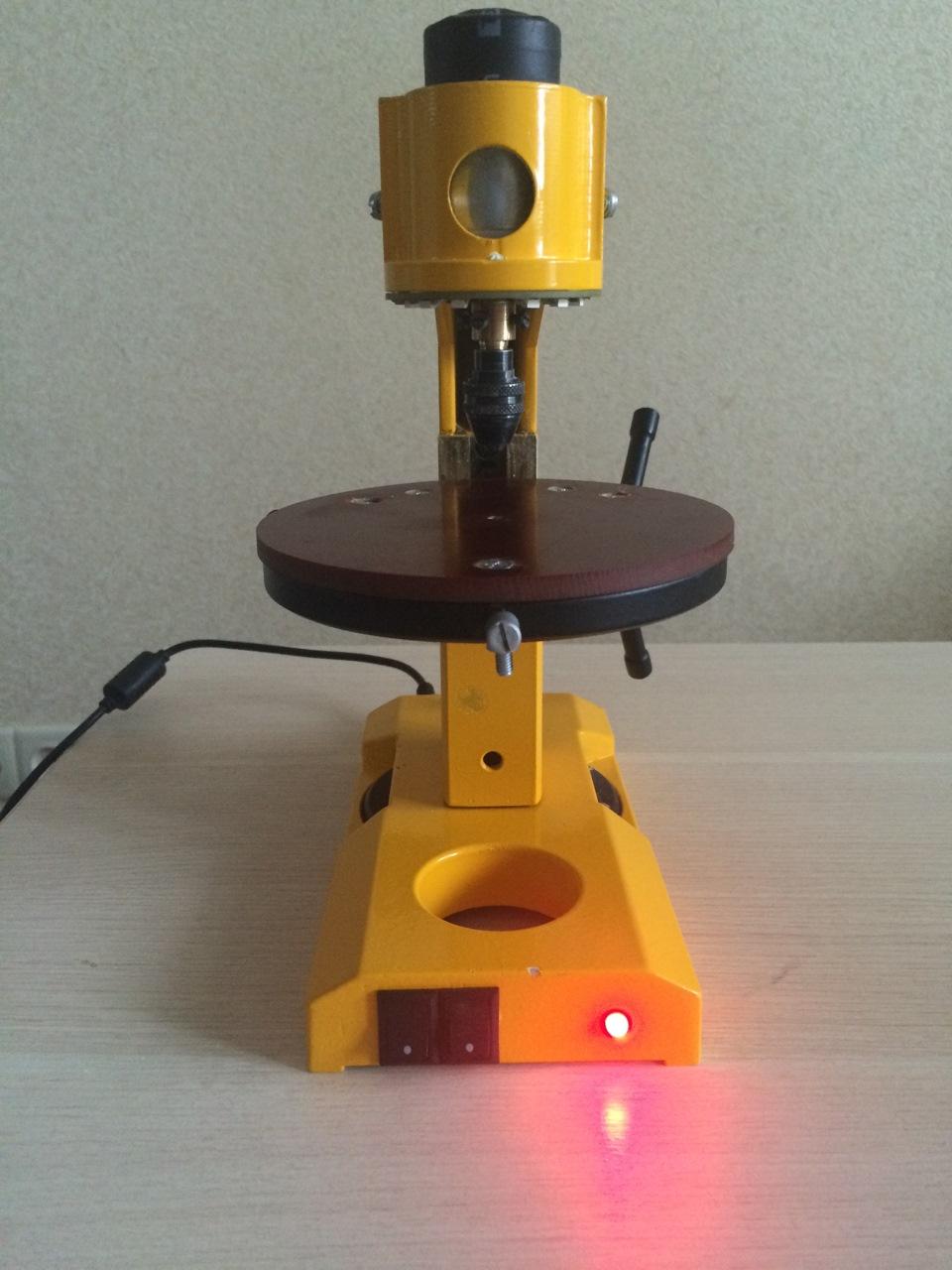 Самодельные сверлильные станки из фотоувеличителя и микроскопа