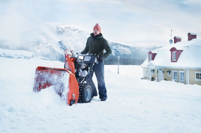 Снегоуборщик бензиновый husqvarna st 227 p