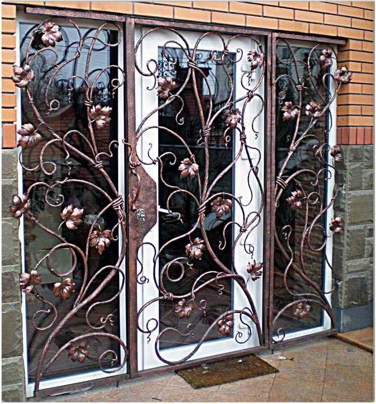 Кованные двери: 100+ лучших идей дизайна входных дверей на фото