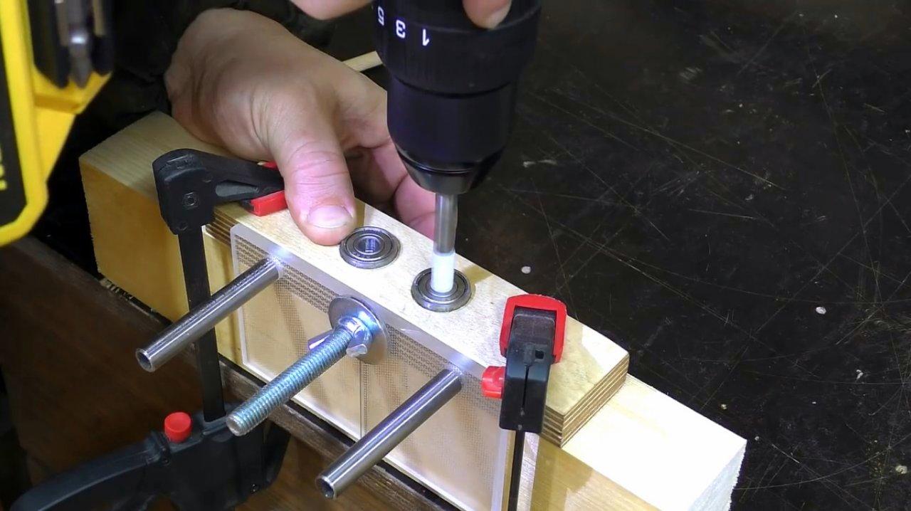 Кондуктор под шканты: виды, изготовление своими руками - токарь
