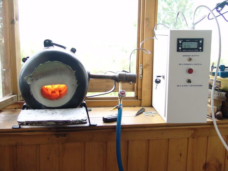 Самодельная печь для плавки и закалки металла в домашних условиях