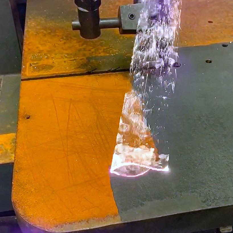Лазерная очистка металла и неметаллических поверхностей от ржавчины купить ценаповерхности аппарат оборудование, установка