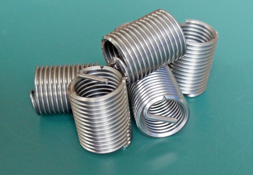 Как восстановить резьбу в пластике? - справочник по металлообработке и оборудованию