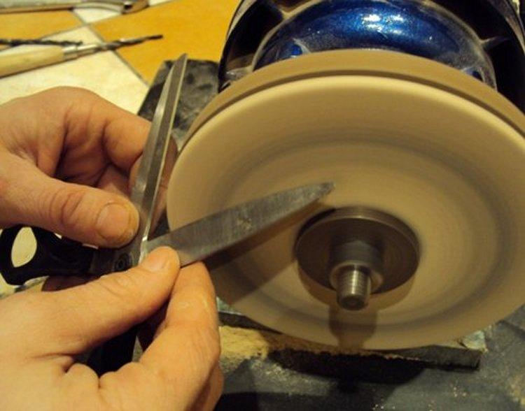 Принципы проведения заточки маникюрных инструментов