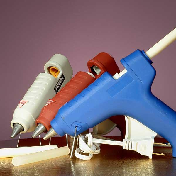 Клеевой термопистолет для рукоделия: какой лучше выбрать