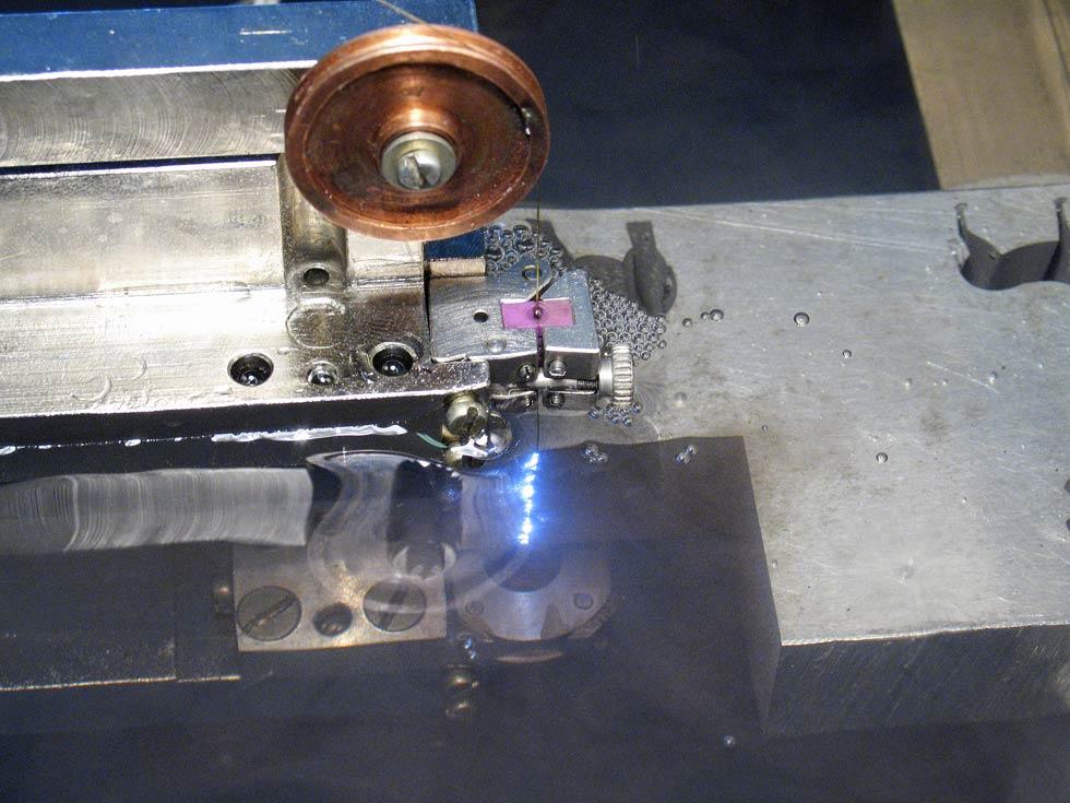 Типы электроэрозионных станков и обработка металла