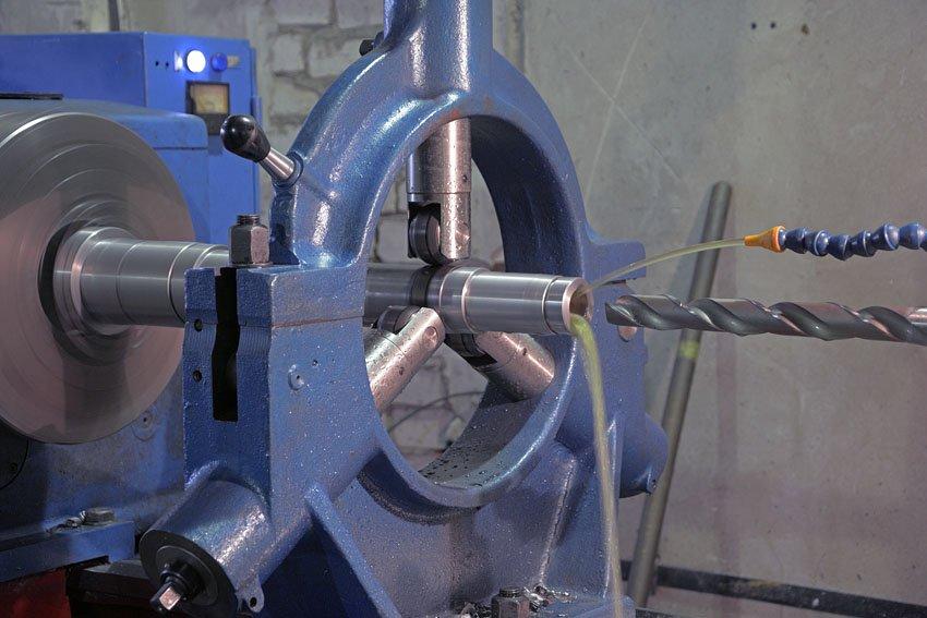 Сверла для станков: для присадочного и токарного, магнитного и других сверлильных станков, корончатые сверла по металлу и другие виды