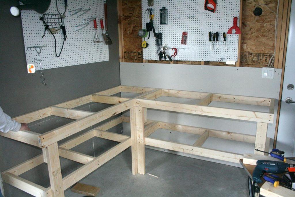 Верстак для гаража: фото, чертежи, виды (металлический, деревянный), делаем стол своими руками