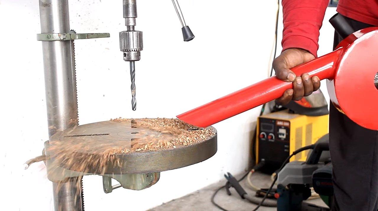 Как сделать пескомет с помощью пескоструйной насадки на болгарку