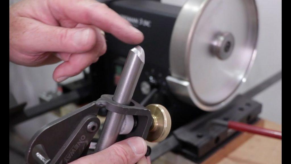 Полная характеристика и предназначение ручных резцов по дереву для токарного станка