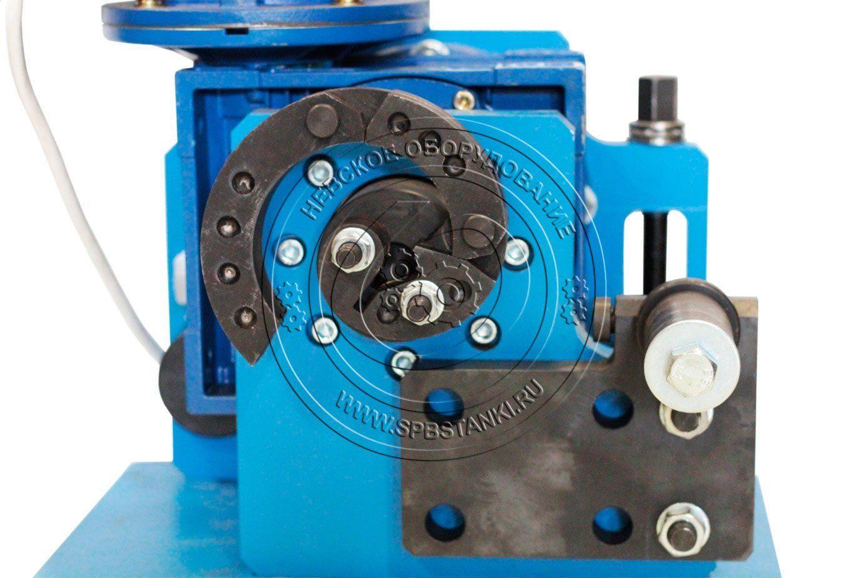 Blacksmith: инструмент и оборудование; ручные и электрические трубогибы и листогибы, кузнечные станки, молоты, тиски, прессы и другое оснащение, фото, где купить