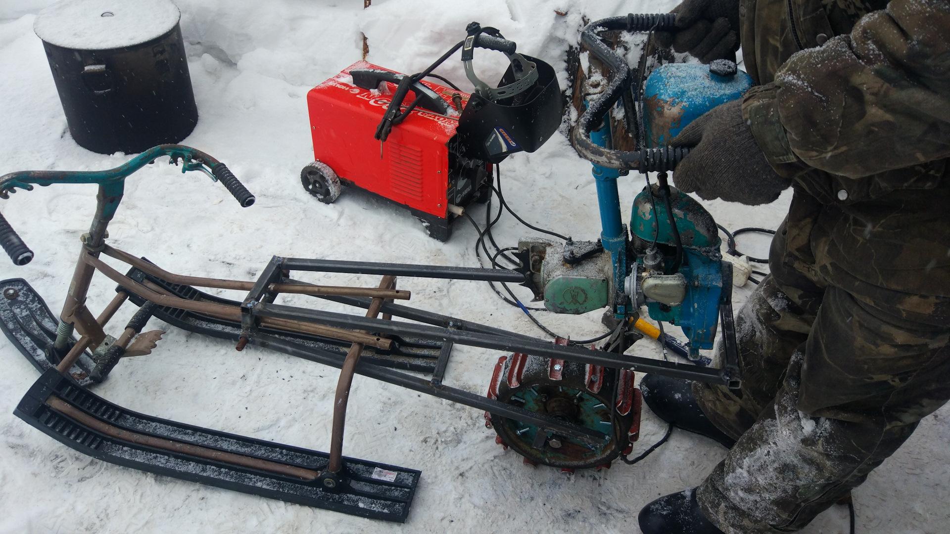 Как сделать снегоход из бензопилы своими руками?