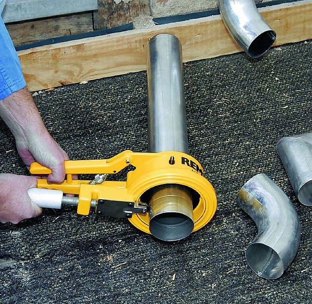 Как выбрать труборез для стальных труб и как его использовать