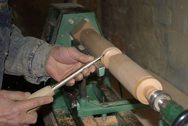 Токарный станок по дереву своими руками: типовая конструкция и инструкция как сделать