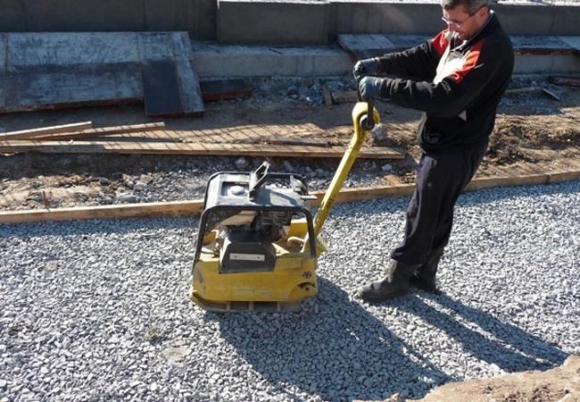 Трамбовка своими руками: самодельная вибротрамбовка из перфоратора для уплотнения грунта. как сделать ручной трамбовщик для песка?