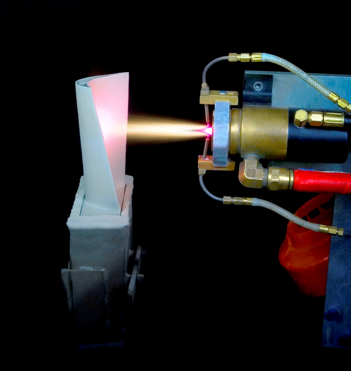Технология напыления — напыление металла от компании «плазмацентр». технология плазменного напыления в санкт-петербурге.