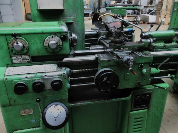 Токарный станок иж 1и611п: технические параметры и конструкция