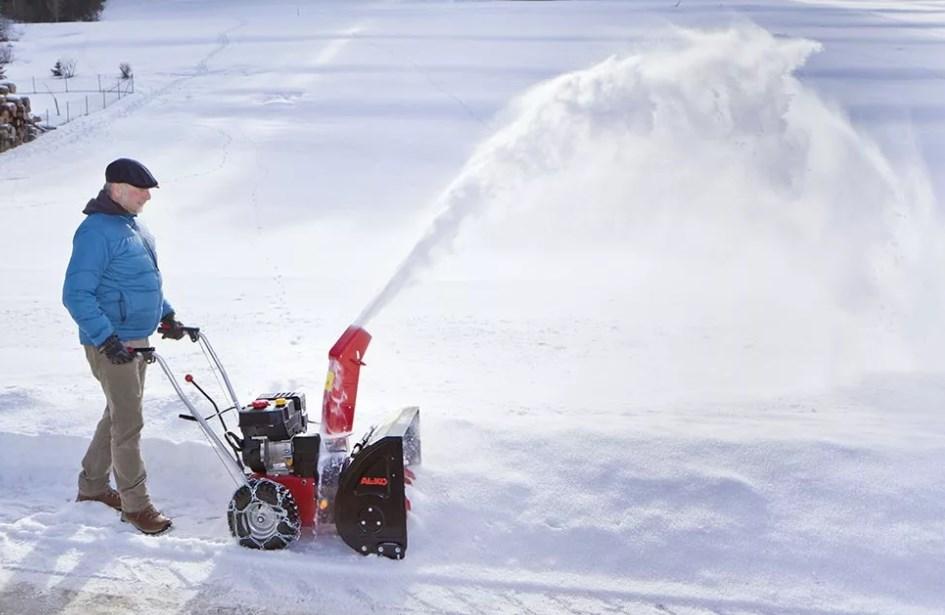 15 лучших электрических снегоуборщиков — рейтинг 2020