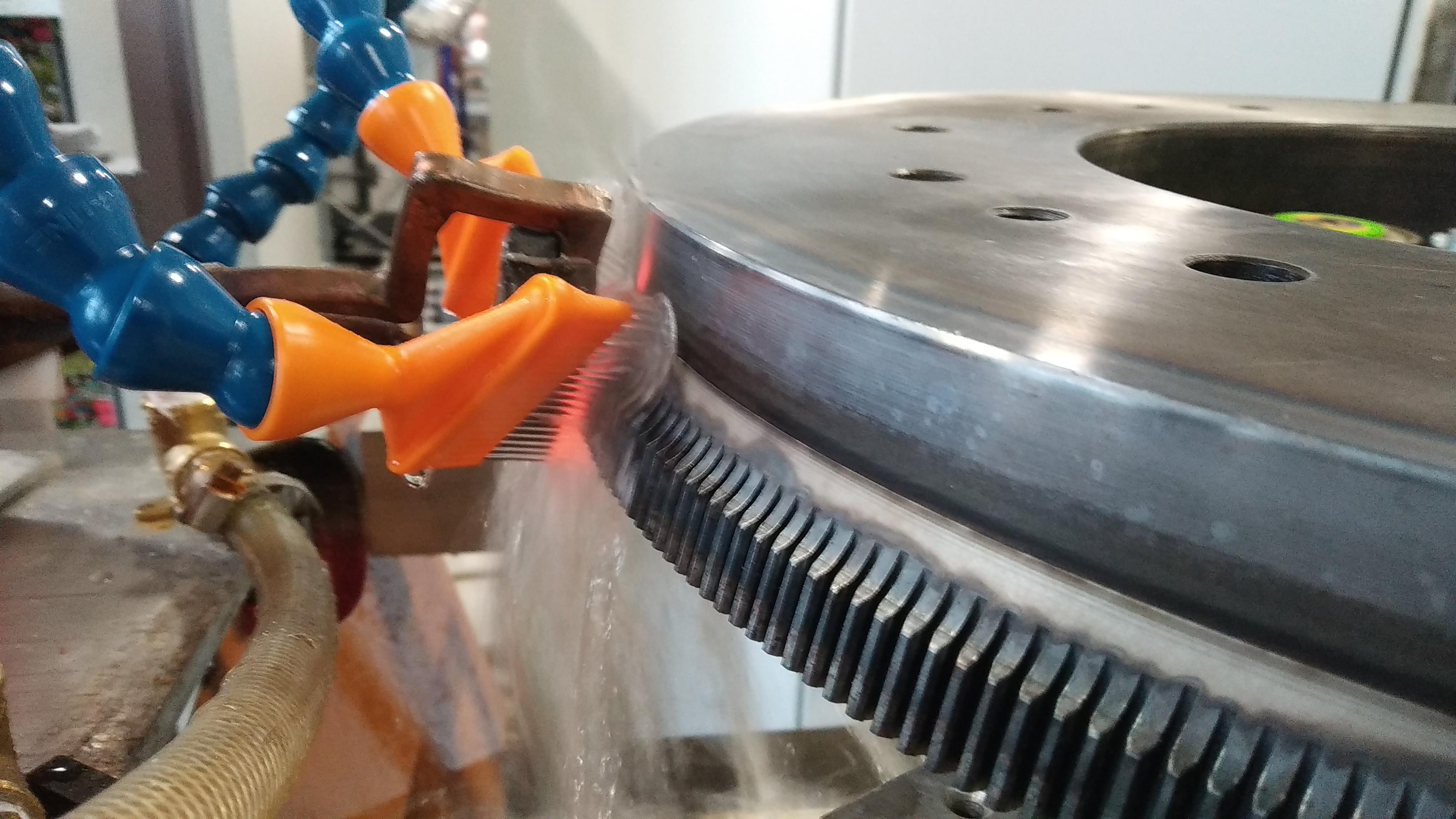 Оборудование для твч закалки. как своими руками собрать индукционную печь для плавки металла в домашних условиях. применяемые для закалки твч установки, материалы и вспомогательные средства