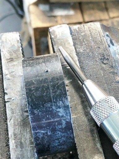 Нарезание резьбы на токарных станках: как это производится и технология или способы этого, приспособление для нарезания и таблица об этом