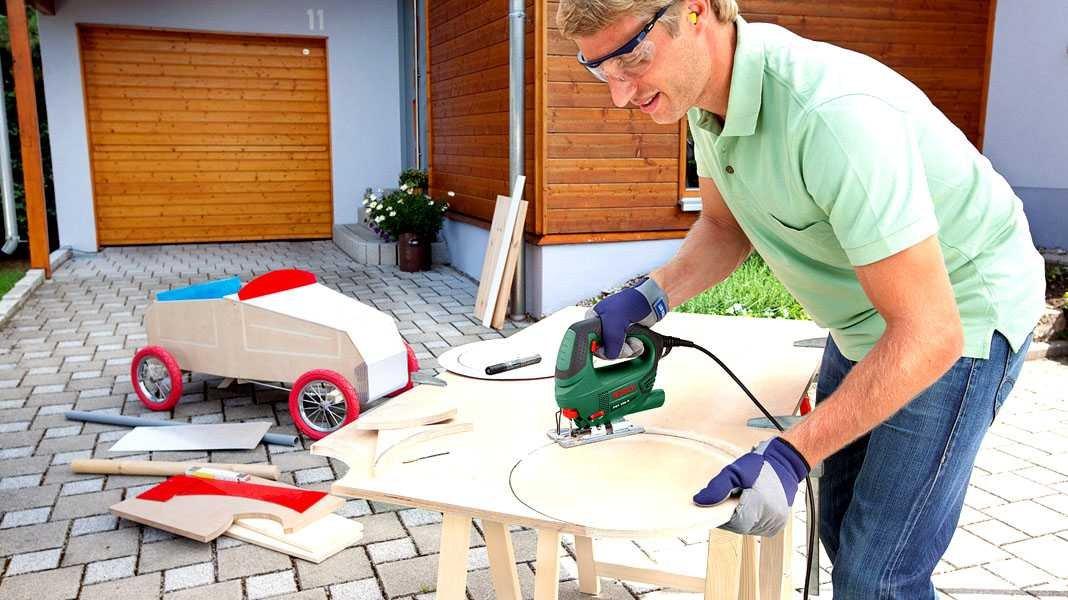 Как выбрать электролобзик для дома и не сойти с ума или подробная инструкция для покупателей