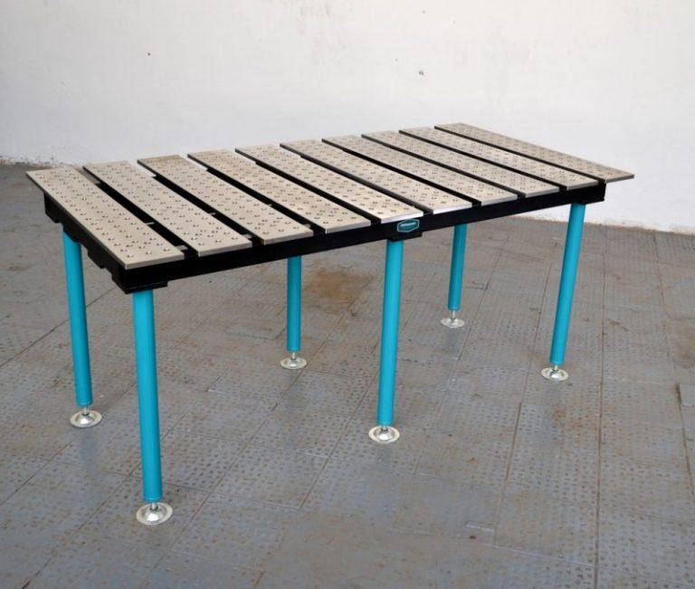 Сварочный стол из профильных труб: последовательность монтажных работ и оснастка верстака