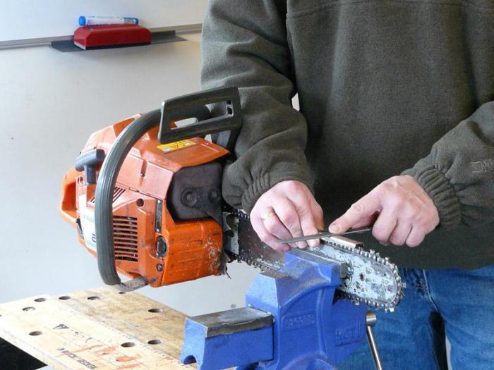 Заточить цепь на бензопиле разными приспособлениями – мои инструменты