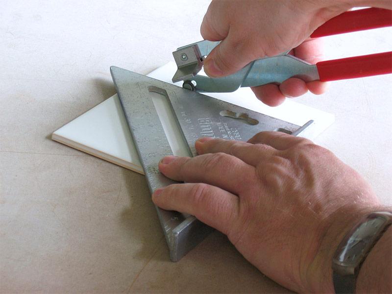 Как и чем резать керамогранит?