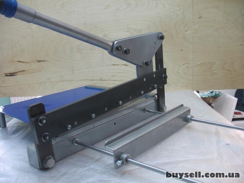 Гильотинные ножницы – незаменимое оборудование для резки металла