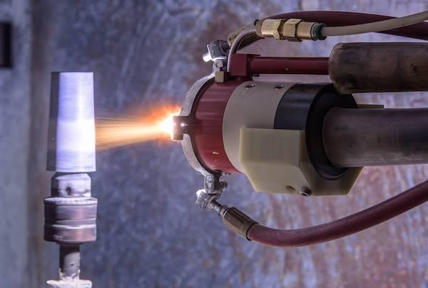 Плазменное напыление схема плазмотрона плазмотрон оснащён узлом кольцевого ввода с газодинамической фокусировкой порошковых материалов. - презентация
