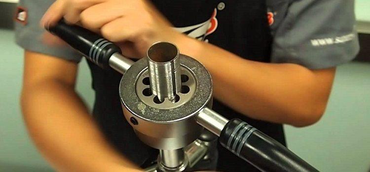 Как нарезать резьбу на трубе отопления и водоснабжения: инструменты для нарезки