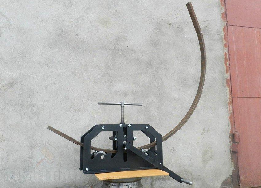 Как согнуть трубу без трубогиба: способы, основные хитрости, инструкция по сгибу разных материалов