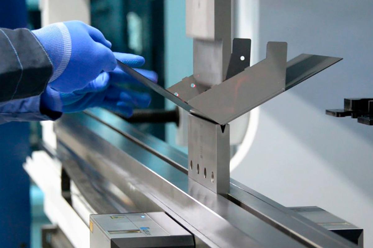 Станок для гибки металла – выбираем оборудование разумно!