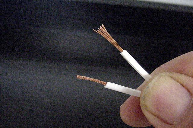 Припаивание провода и шлейфа к плате