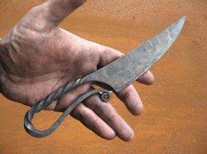 Нож из напильника своими руками: формирование, ковка и заточка
