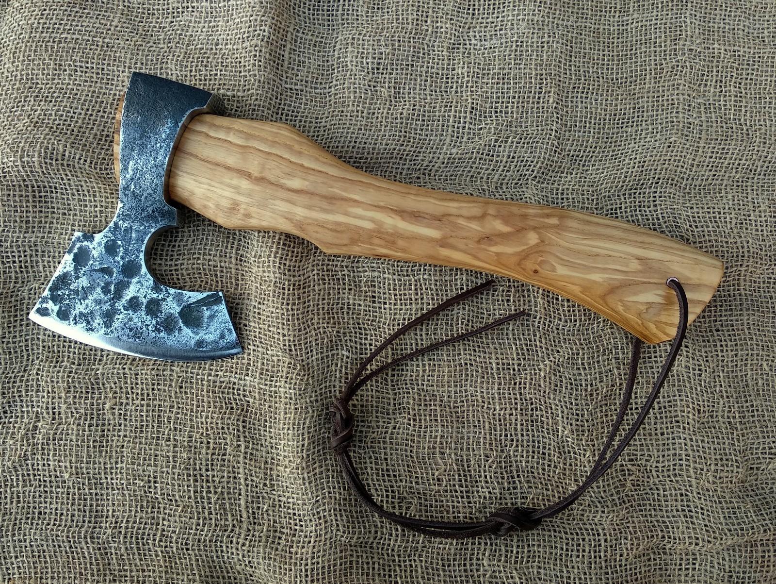 Топор викингов своими руками: обработка ржавого топора, придание формы, нанесение рисунка и травление