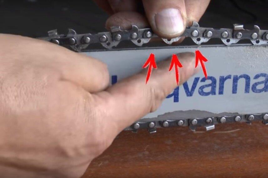 Как натянуть цепь на бензопиле?