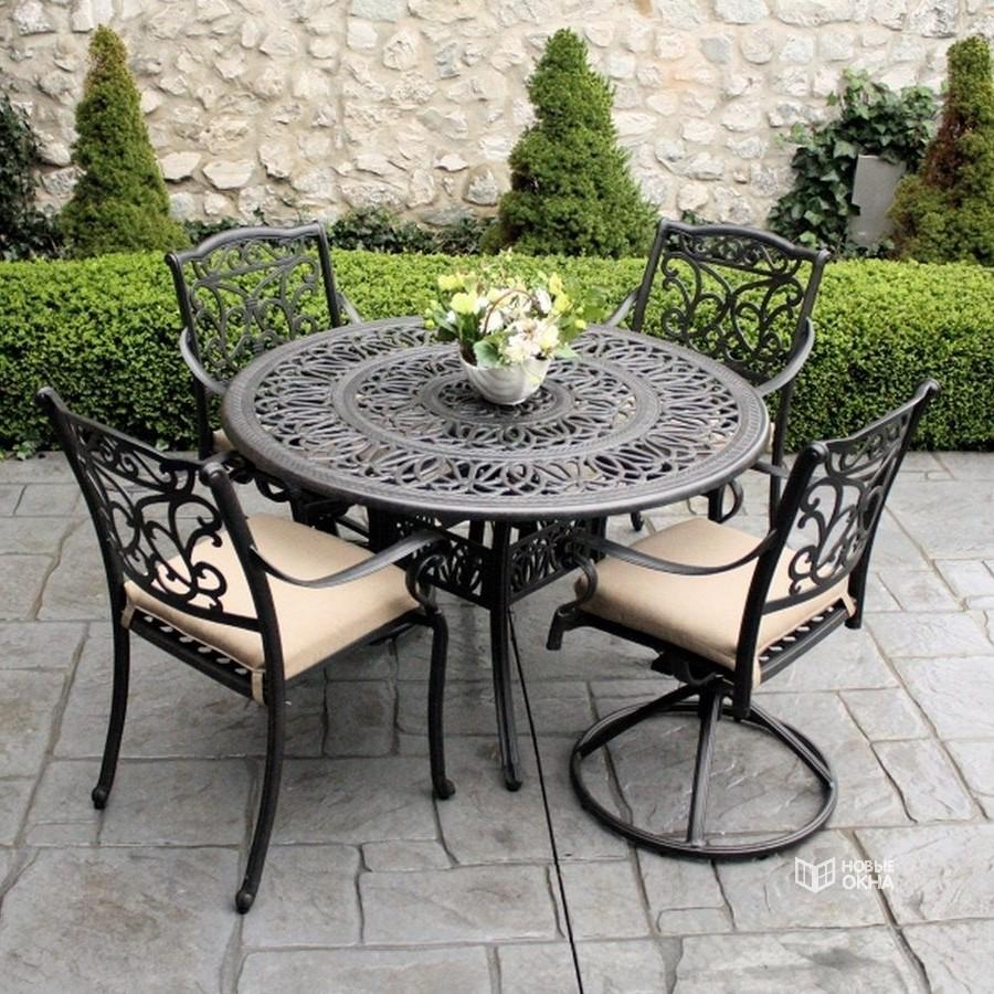 Кованые столы в интерьере (80+ фото): секреты изготовления и ухода за коваными изделиями дома и в саду
