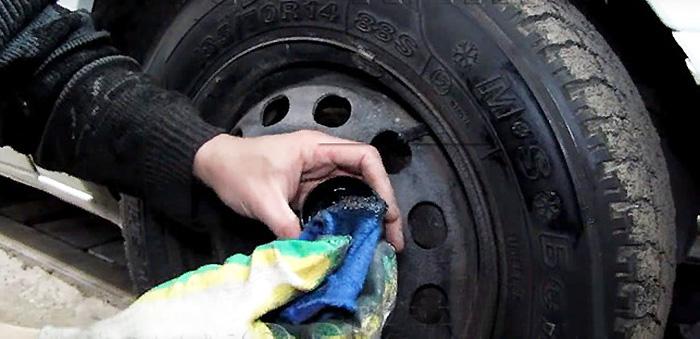 Автомобильный восстановитель размягчитель сальников и резинок. как размягчить резину в домашних условиях: способы