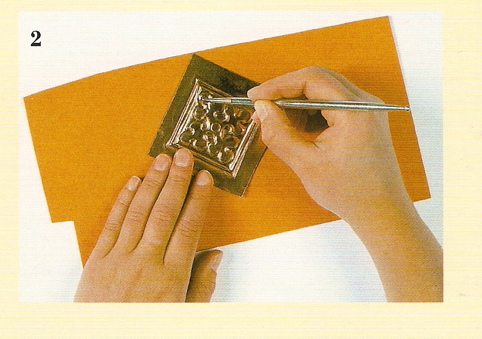 Мастер класс: чеканка из фольги своими руками - делаем поэтапно для детей