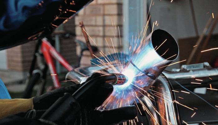 Сварка нержавейки с черным металлом: технология, процесс сварки, видео