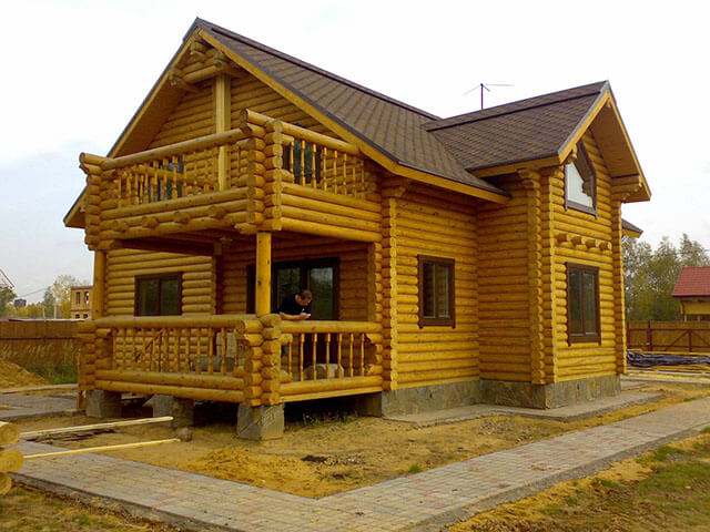 О фирме Хаус-Строй по строительству домов и бань из сруба под ключ