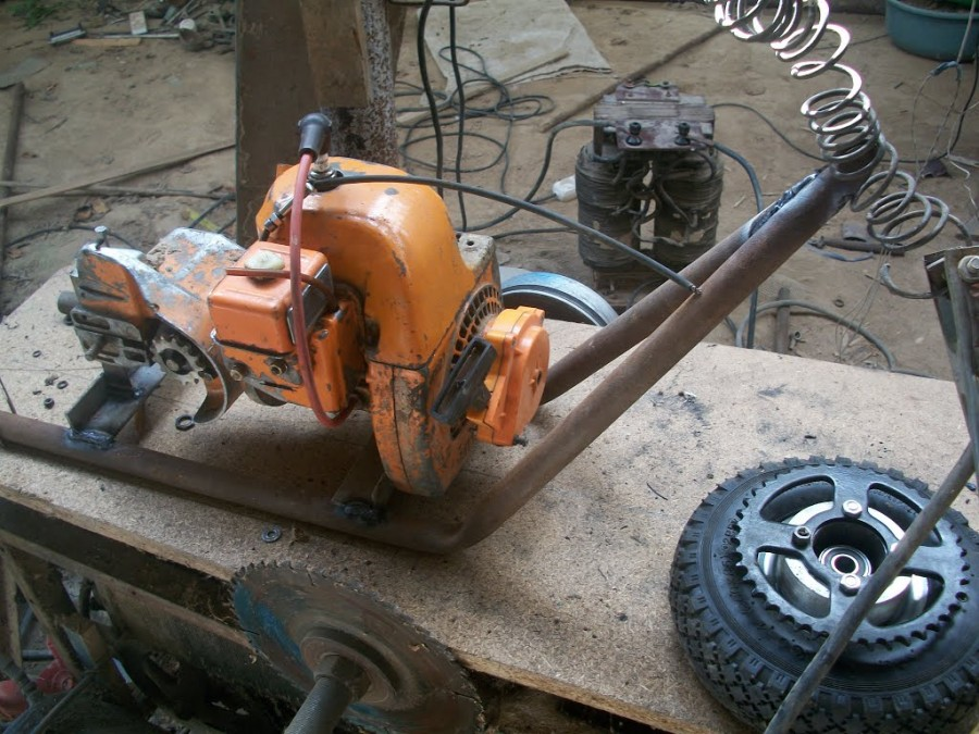 Сделать мотокультиватор из бензопилы своими руками
