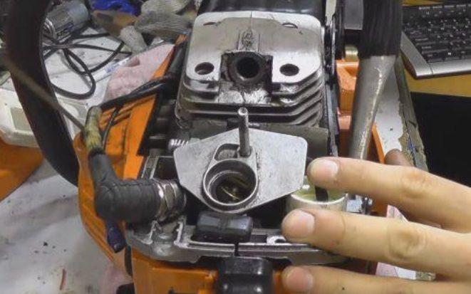 Не заводится бензопила штиль-180: причины и способы устранения, почему искра есть и заливает свечу, не поступает бензин на холодную stihl ms 180