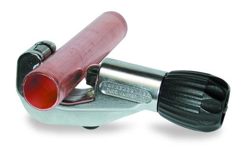 Труборезы для медных труб: ручные, аккумуляторные