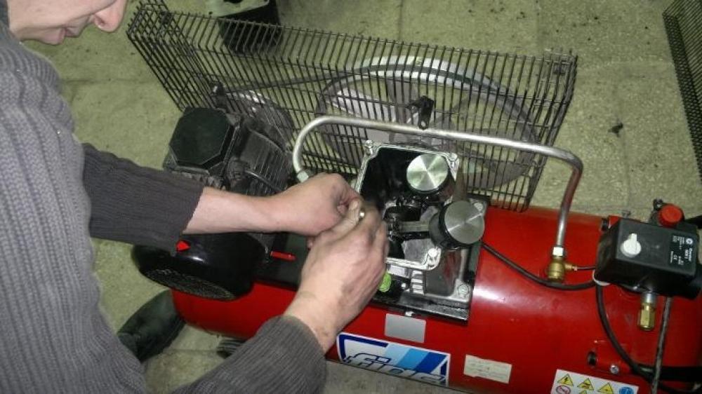 Компрессор для гаража — выбираем недрогую модель — принцип работы, эксплуатация, ремонт